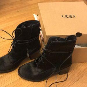 d635fffadf3 UGG Oriana Exotic Boot - Size 9.5, Black NWT